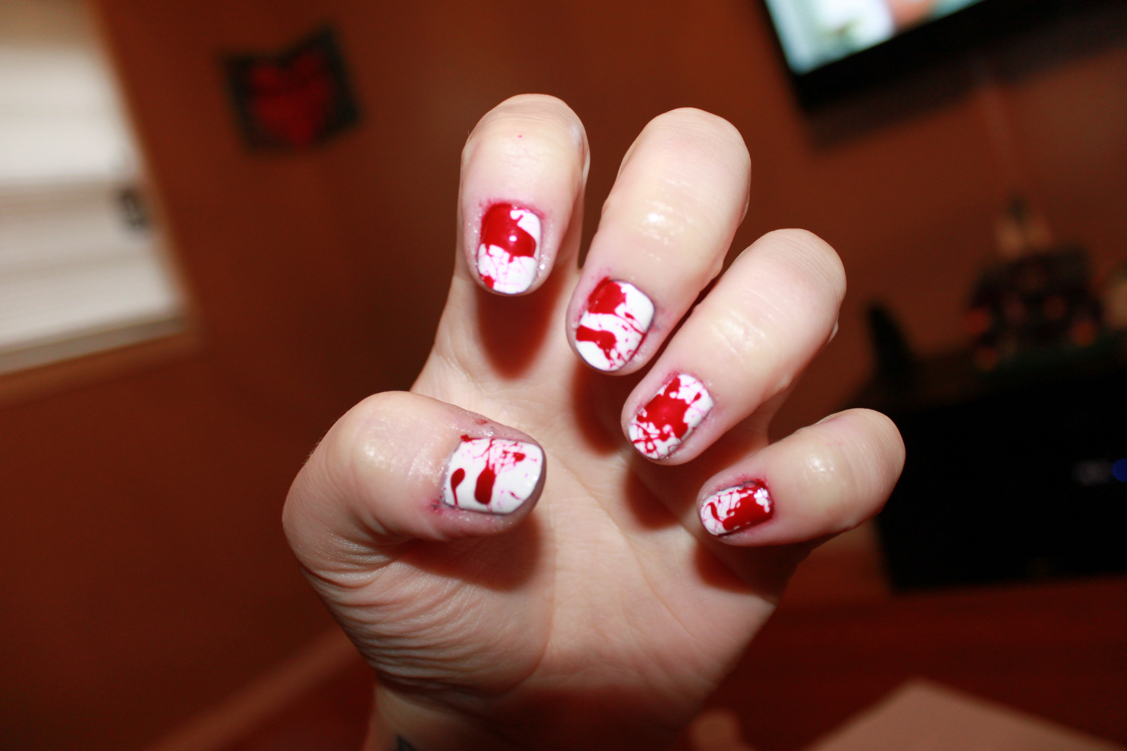 Bloody Nail Art Technologic Nail Art